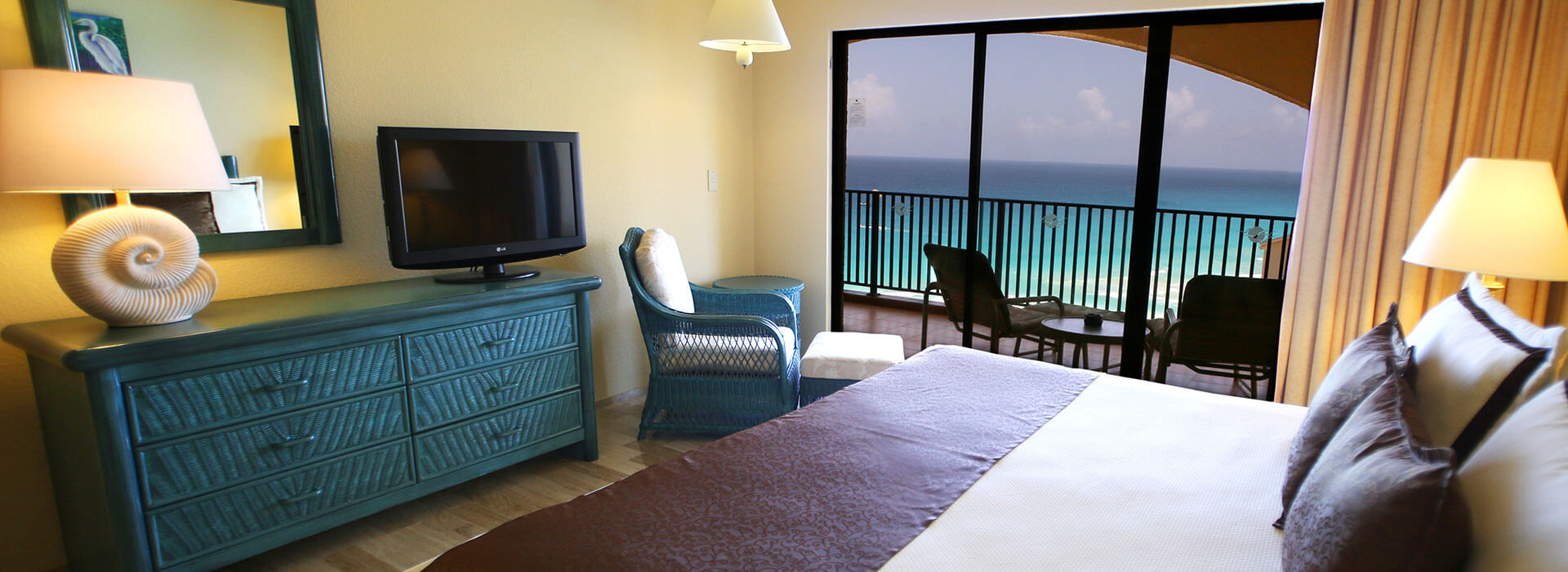 beach views in cancun resort suite