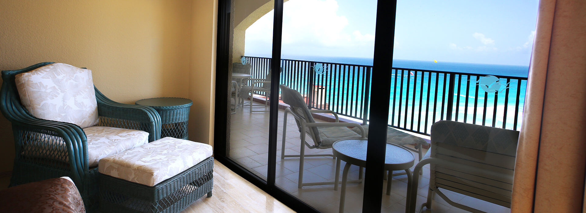 ample terrace in cancun resort suite