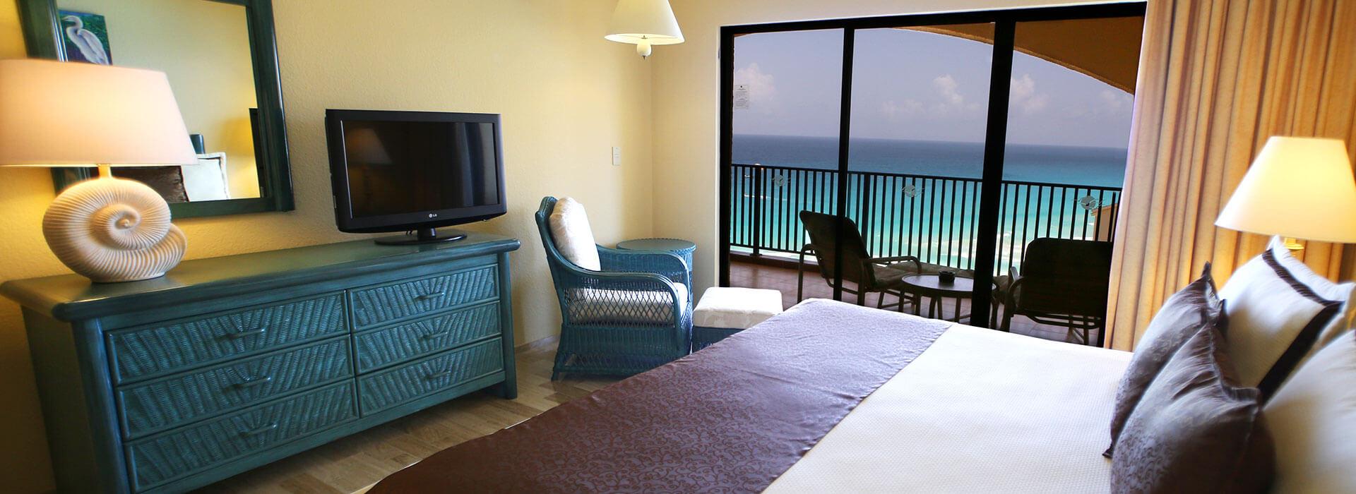 family bedroom in cancun resort