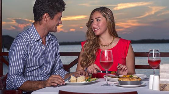 hotel en cancun con restaurante de mariscos