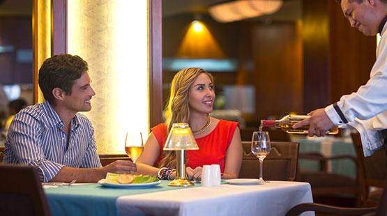 hotel en cancun con restaurante de lujo