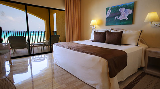 One Bedroom Suite Beachfront | The Royal Islander All Suites ...