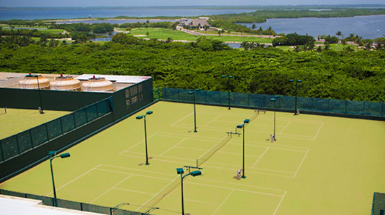 hotel in cancun with tennis courts