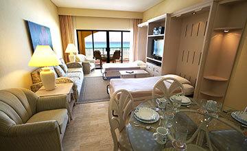 suite en cancun con sala y comedor