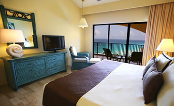 family bedroom in cancun resort