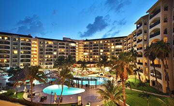 the best resorts in cancun