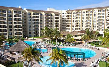 cancun beachfront resorts