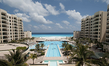 The Royal Sands All inclusive resort in Cancun